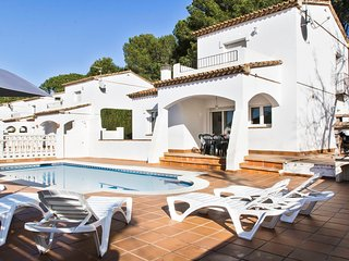 "Villa with private pool for holiday rental in l""Escala"