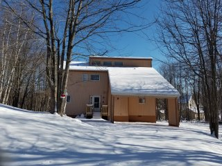 PERFECT  SKI HOUSE 3BR 2BATH WITH JACUZZI