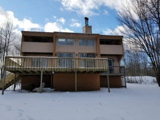 PERFECT SUMMER HOUSE 3BR 2BATH WITH JACUZZI