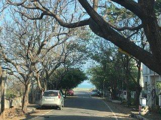 Seaward Ave - Thiruvanmiyur , Apartment By the  Beach , Short Stay home