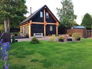 A True Log Cabin Experience built with Scottish Douglas Fir Trees. Pet Friendly.