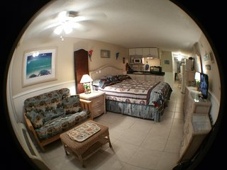 Direct Oceanfront Studio Condo Vacation Rental