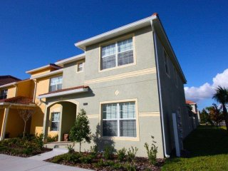 Lovely 5BR 4bth Paradise Palms Townhouse w/splash pool from $115 a night