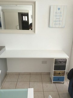 Desk for Worktop / lap-top / PlayStation etc..