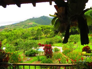 Finca Jardin Botanico Los Girasoles