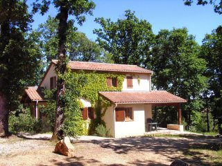 Villa 6/8 pers. #7 in **** Dordogne Holiday Resort