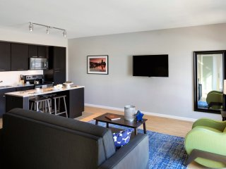 Captivating Stay Alfred on Marquette Avenue