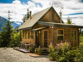 Bella Coola health Resort - John's Perch Cabin