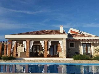 Villa Samorasnji II triple bedroom house 8p