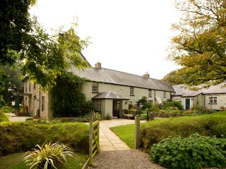 Ffynnon Gron Georgian farmhouse in the heart of Pembrokeshire