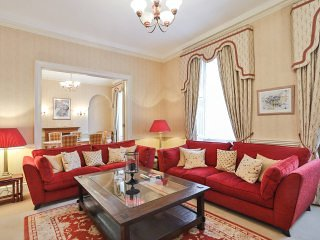 Spacious House in Marylebone (8 En-suite Bedrooms)