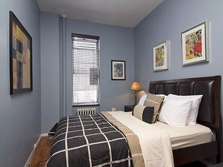 Times Square 2BR (8099)