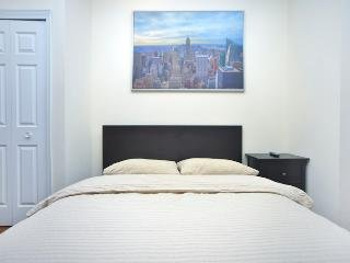 GreaT 2BR + 2Bath * West 51st street