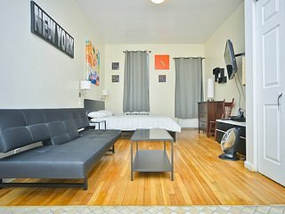 Studio with Private Garden UES 81#1B