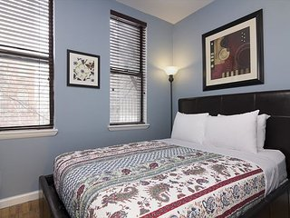 Times Square 3BR apt (8351)