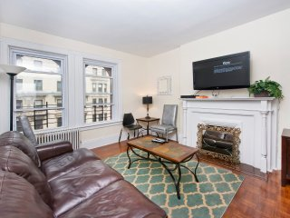 Cozy 2BR in Upper East Side (8527)