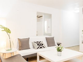 Perfect 4 BR on Midtown South