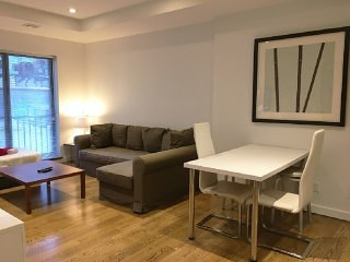 Charming 1 BR on Murray Hill