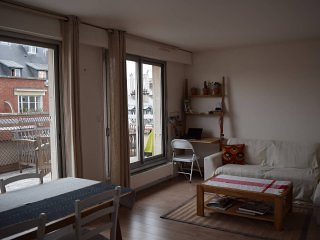 Wonderful apartment with Terrace / Champs Elysees