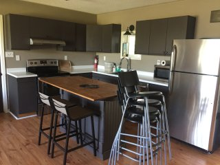 Victoria Road Vacation Rental In Prince Edward Counry sleeps up to 10. FREE WIFI