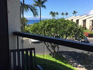 Beautiful, Renovated, Hale Kamaole 159 now available! Walk to Kamaole III Beach!