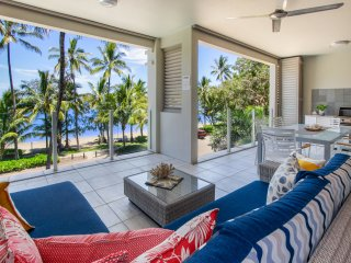 Island Views Ten | Luxury Beachfront Apartment