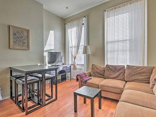 NEW! Cozy 2BR Jersey City Townhome 4 miles to NYC