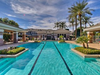 NEW! Scottsdale Townhome W/Pool Access Near Golf