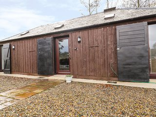 STABLE COTTAGE, stable conversion, studio accommodation, countryside views, Ref