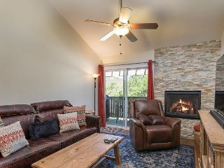 3BR Family Condo on Eagle River Bike Path; 10 Min. to Beaver Creek Resort