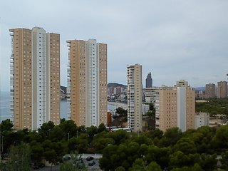 Modern apartments in Benidorm with pool