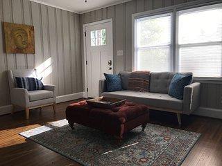 Fun Modern-Bohemian Home In Entertainment District