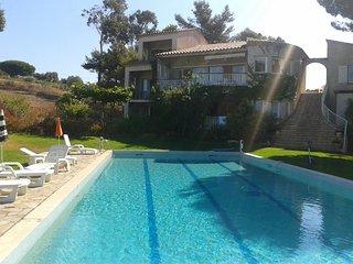 Cottage 6 Pers., 3 chambres Vue sur le Jardin, la piscine et le Golfe d'Ajaccio