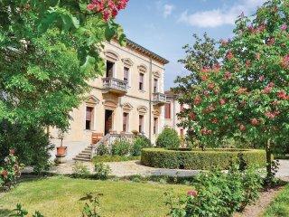 5 bedroom Villa in Roverchiara, Veneto, Italy : ref 5540659