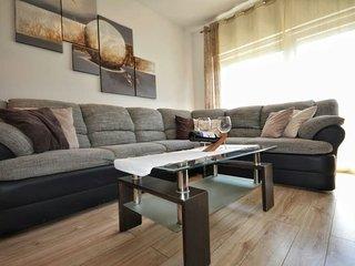 Stylish apartment near CENTER #FREE PARKING