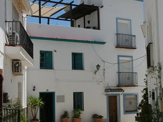 Casa Charcas, holidayhome for 6, with roof terrace in Ojén, close to Marbella