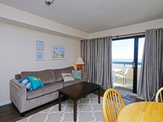 Sea Pointe, 1bd 1bth, 705 Oceanfront Condo, Sleeps 4