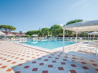 3 bedroom Apartment in Fattoria Grancia, Tuscany, Italy : ref 5523572