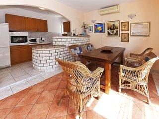 6 bedroom Villa in Loznica, Dubrovačko-Neretvanska Županija, Croatia : ref 55159