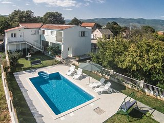 4 bedroom Villa in Zaljutci, Splitsko-Dalmatinska Županija, Croatia : ref 552185