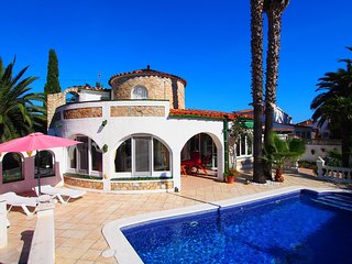 3 bedroom Villa in Empuriabrava, Catalonia, Spain - 5515545