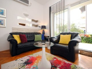 Colorful and cozy two bedroom apartment