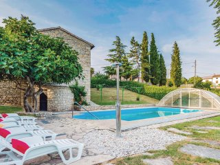 8 bedroom Villa in Pifari, Istria, Croatia : ref 5520441