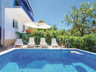 3 bedroom Villa in Smokovo, Primorsko-Goranska Županija, Croatia : ref 5521004