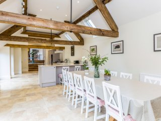 Brand New Luxurious Barn Conversion near Stow