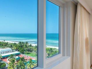 Luxurious Condo Hotel 2/2.5 Beachfront Unit 915