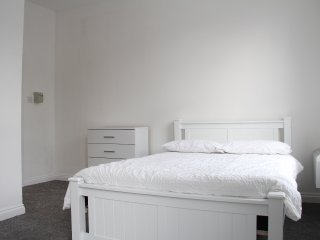 Large & Bright Studio Apartment Peckham - 6