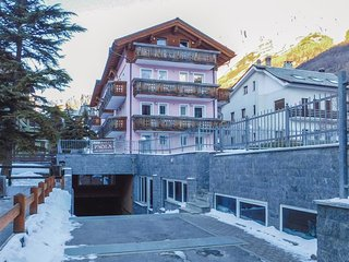2 bedroom Apartment in Bormio, Lombardy, Italy : ref 5549012
