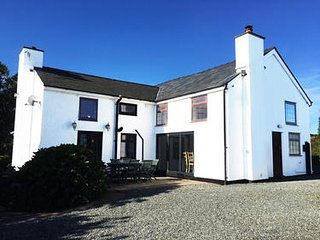 4 Bedroom House To Let Rhoscolyn, Anglesey
