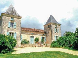 7 bedroom Villa in Bourlens, Nouvelle-Aquitaine, France : ref 5521946